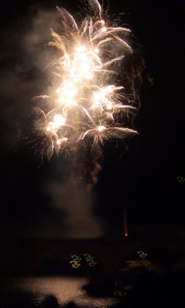 Pana-P1000770-Feuerwerk-1