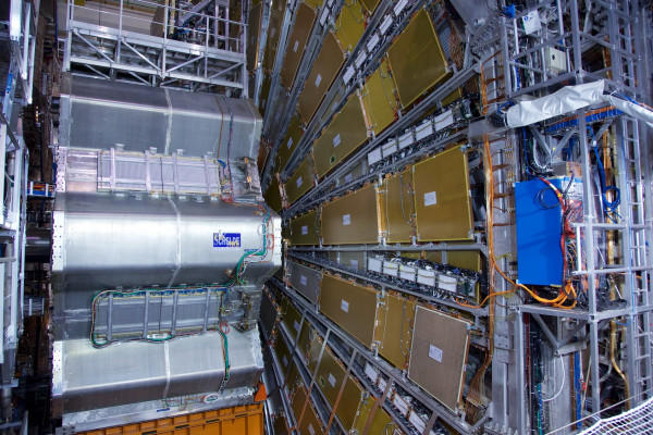 CERN_Douglas-2013-03-13-IMGL0187-1BHcQSaSH9UtPA